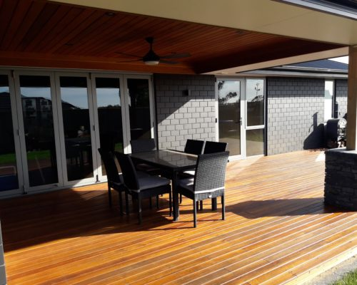 New decking to create outdoor flow for a family dining setting